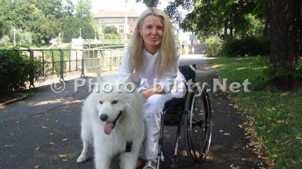 RB 2013 001 600x336 - Dog Walking Dilemma: How to walk a dog using a manual wheelchair?