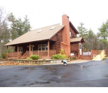 3313894665305eca069494e4aca5689610a4032cb47e2 - 3 Bedroom Log Cape Cabin