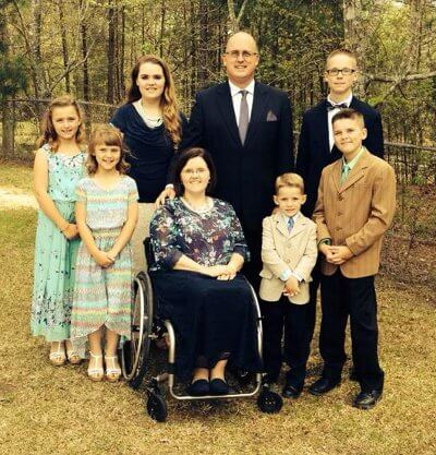Alica FamilyEaster - Mother of 6 Overcomes the Sudden Onset of Paralysis