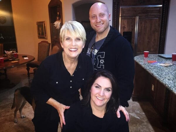 Gina with Mom and boyfriend Nick 600x450 - My Road to Recovery After Betrayal...and The One Tinder Date That Rebuilt My Trust in Love