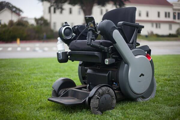 cellphoneMount 600x400 - The PUSH Lifestyle: Wheelchair Accessories