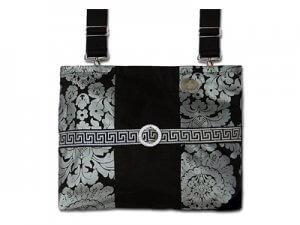 purses 300x225 - purses