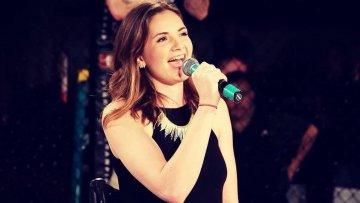 Bridget Lally Singer on Pushliving 2 e1512410965602 - Bridget Lally Singer on Pushliving