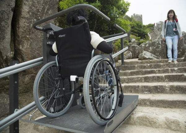 4am 20 600x431 - PUSHLiving Travel - Florida Travel Company Specializing in Wheelchair Access to the World…Goes to Portugal!