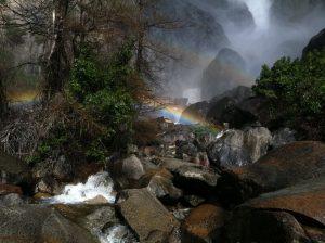 6EE8AD9A A1C4 4A6D 923D CCA0DB04A319 300x224 - Lake at Yosemite