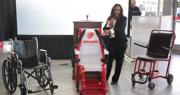 Jetweels is a fashinable way to carry disabled persons