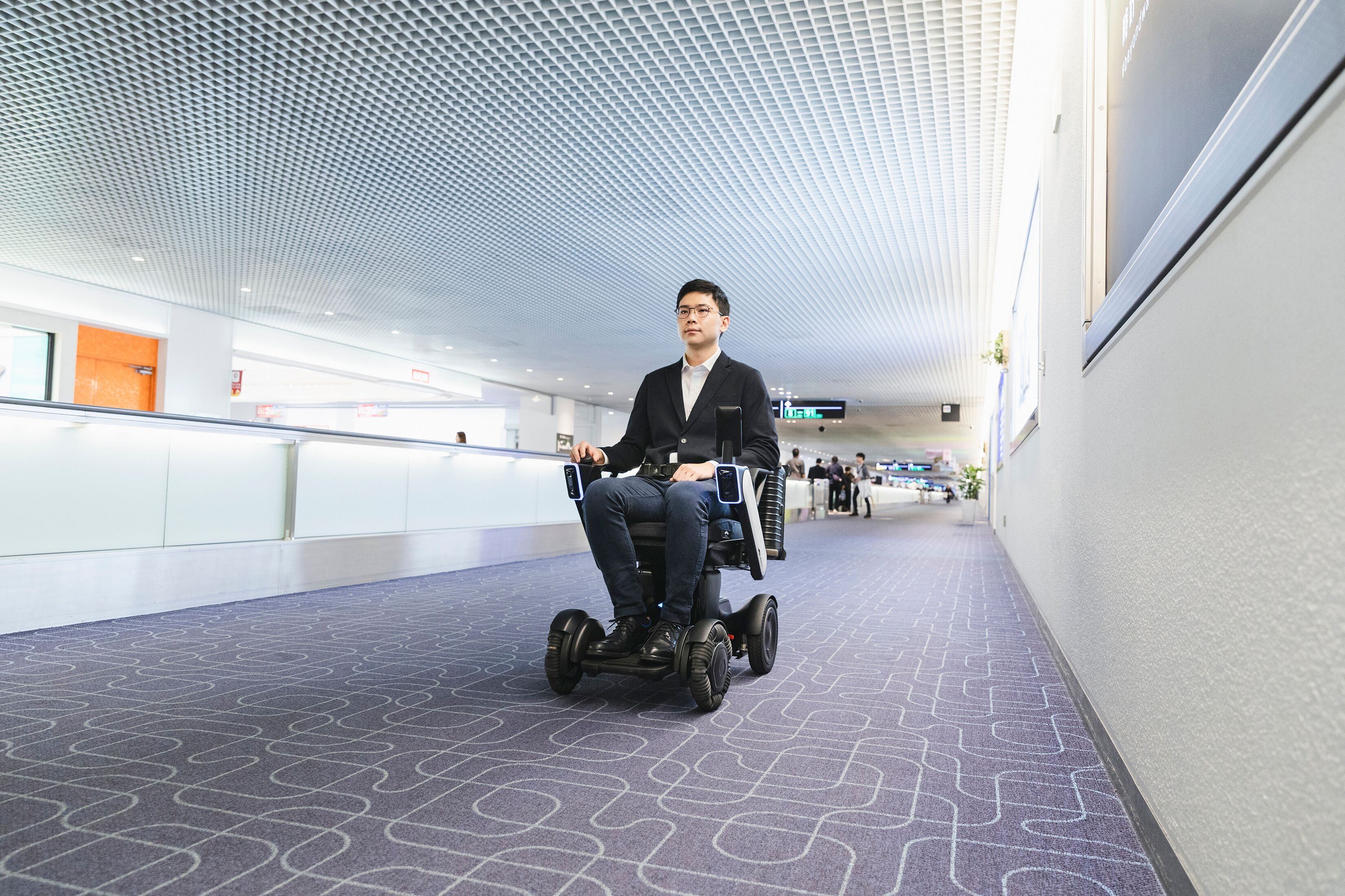 gvMxmdJw - WHILL Announces Autonomous Wheelchair Trials a Success